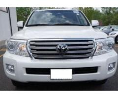 TOYOTA LAND CRUISER 2013 - ONE OWNER, FULLY SERVICED