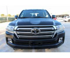 TOYOTA LAND CRUISER 2016 BLACK JEEP